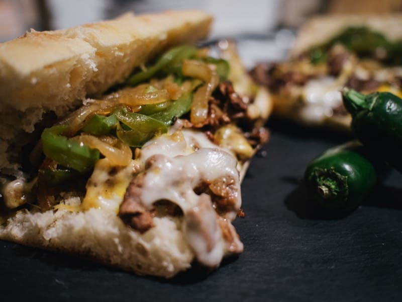 Philly Cheesesteak, Onlineshop | BBQ | Kaffee | Feinkost - Delikatessenschmiede