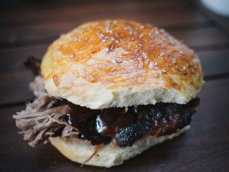 pulled-pork-burger