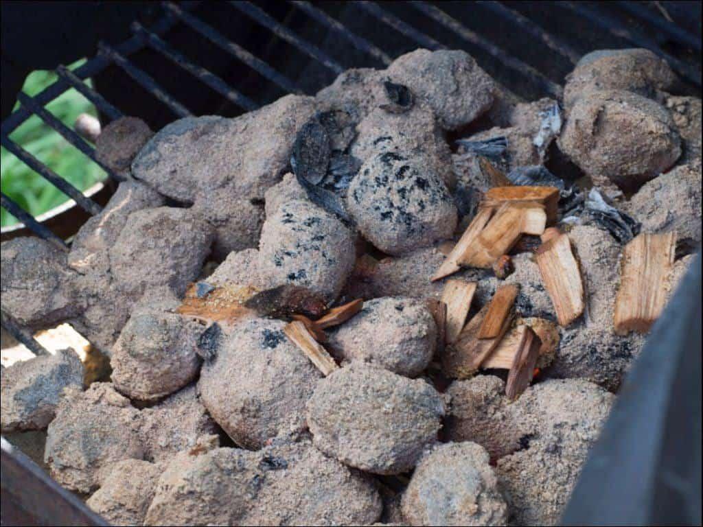 Kohlen und Räucherchips_1