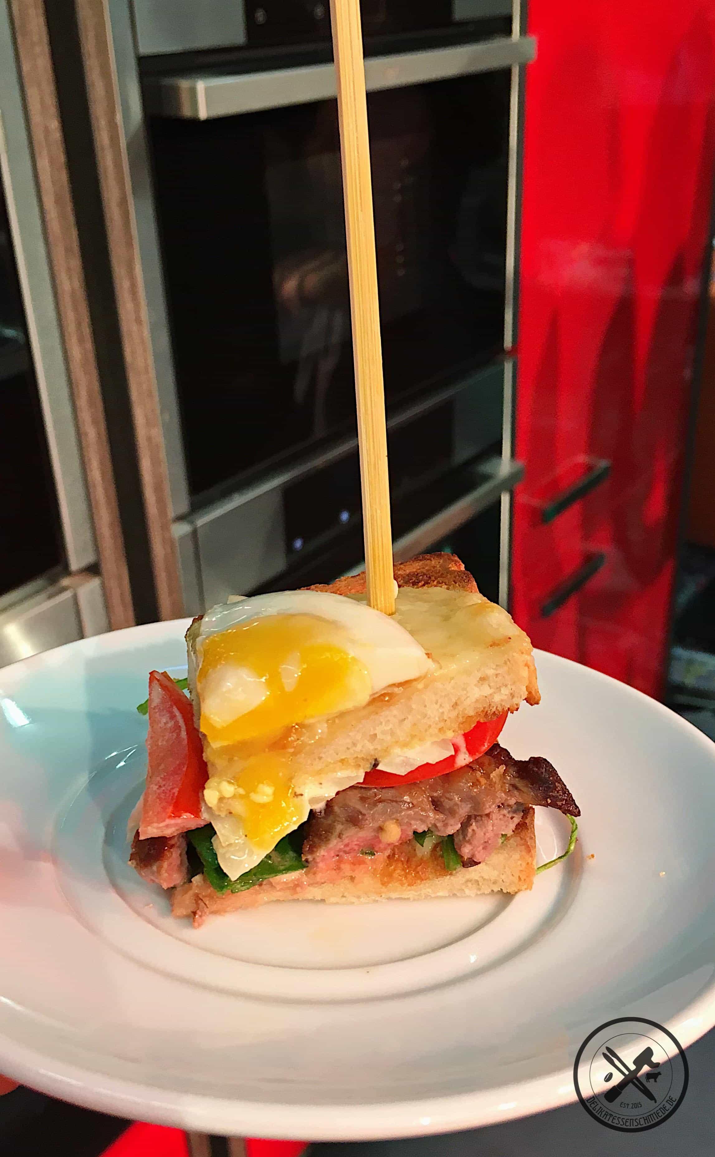 Roastbeef Sandwich mit Spiegelei_1